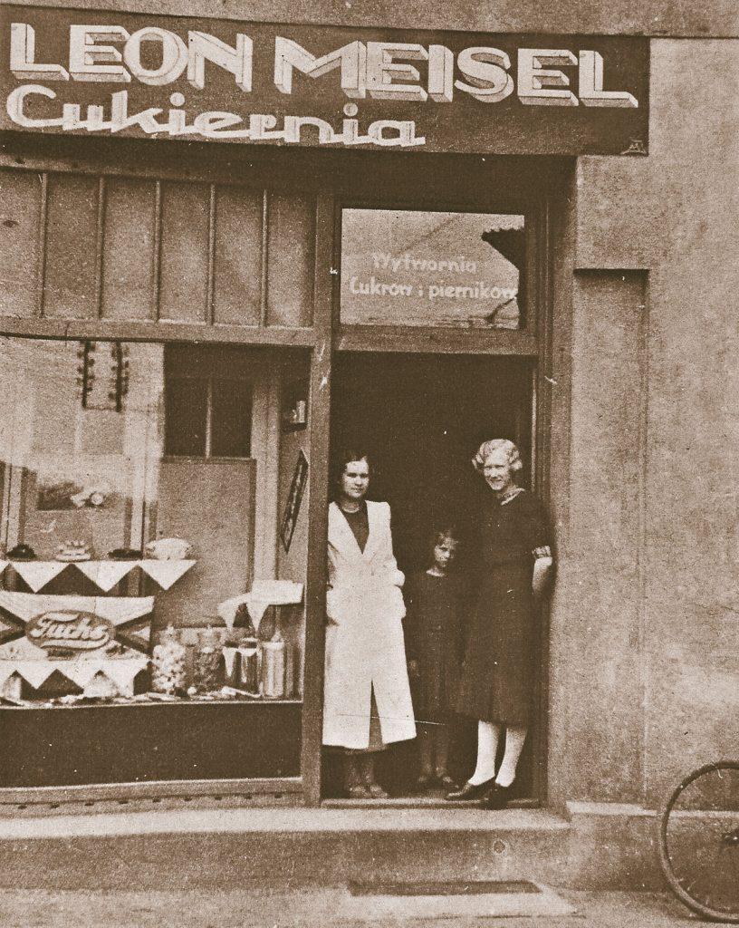Słodka Manufaktura Leona-historia-witryna sklepu Leona Meisel